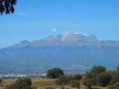 Volcano (ntnlsk) Tags: volcano volcán tlaxcala méxico mountain sky landscape