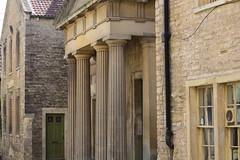 Columns and cottages (jan.ashdown) Tags: frome cottages architecture columns