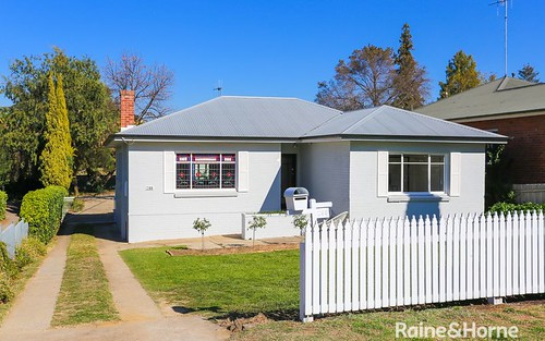 288 Piper St, Bathurst NSW 2795