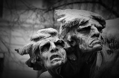 Prag - Denkmäler & Skulpturen - 9 (fotomänni) Tags: denkmal statue skulptur skulpturen sculpture prag praha prague manfredweis
