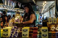 _DSC0978.jpg (jaғar ѕнaмeeм) Tags: pikeplacemarket streetphotography washington seattle street
