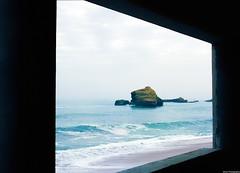 Looking through the window. (miroir.photographie) Tags: kodak filmisnotdead argentique analog biarritz 100 2018 645 645nii 75mm ektar france pentax