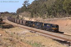 IMG_5800 TT117 9205 TT105 Black Creek MR227 16.8.18_1 (Brians Railway Collection) Tags: railway pn pacificnational coal hoppers tt117 9205 tt105 ttclass 92class blackcreek nsw newsouthwales australia gt46cace emd ge c44aci