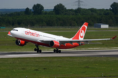 D-ALPD Airbus A330-223 EDDL 21-05-17 (MarkP51) Tags: dalpd airbus a330223 a330 airberlin ab ber dusseldorf airport flughafendusseldorf dus eddl northrhinewestphalia germany airliner aircraft airplane plane image markp51 nikon d7200 aviationphotography