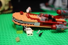 64 (dalokoshru) Tags: lego starwars r2d2 luke skywalker porg lukeskywalker