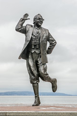 Bring me laughter (Maisiebeth) Tags: morecambe lancashire lakedistrict coast seaside famous comedian funny statue
