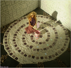 A-Z Challenge 2.0: S - Spiral (Mary (Mária)) Tags: barbie mattel doll toys teresa spiral sand summer love romantic romance marry me heart rose suprise scene diorama miniatures 16 dollphotography dollcollector barbiebasic marykorcek swirl flower