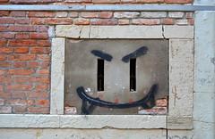 Evil Grin [Venice - 7 July 2018] (Doc. Ing.) Tags: 2018 venice ve veneto nordest italy graffiti streetart face nikond5100