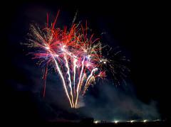 _DSC4989bab2d (lexlupus) Tags: fireworks feuerwerk bodenwerder weserbrennt lichterfestbodenwerder