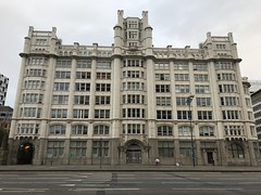 Port of Liverpool Building - Facing The City - Pier Head, Liverpool, England - August 2018 (firehouse.ie) Tags: riverside mersey maritime heritage listedbuildings threegraces architecture england merseyside liverpool buildings building portofliverpoolbuilding portofliverpool
