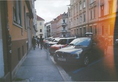 heart skips a beat (jesuiselouise) Tags: 35mm braun technik analog camera new handy graz city center summer walking urban old buildings houses photography lomography kodak