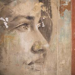 Havana (TablinumCarlson) Tags: amerika america karibik caribbean sea gulfofmexico atlanticocean cuba republicofcuba antilles havanna havana habana vieja oldhavana lady frau girl wandmalerei streetart leica leicam m240 28mm summicron mural