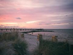 2018-08-04_21-26-02 - Sonnenuntergang - Ostsee - Schleswig-Holstein - Deutschland (torstenbehrens) Tags: sonnenuntergang ostsee schleswigholstein deutschland olympus penf m17mm f18