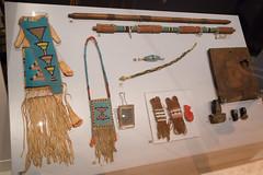 1885 Blackfoot smoking accessories (quinet) Tags: 2017 aborigène canada firstnations indian kunst ontario rom royalontariomuseum toronto ureinwohner aboriginal art museum musée native 124