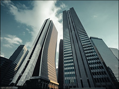 Shinjuku Sky (David Panevin) Tags: 西新宿 nishishinjuku 新宿区 shinjuku 東京 tokyo japan olympus omd em1 lumixgvario714mmf40asph street architecture buildings sky urbanfragments davidpanevin