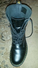 20180304_190619 (rugby#9) Tags: drmartens boots icon size 7 eyelets docmartens air wair airwair bouncing soles original hole lace doc martens dms cushion sole yellowstitching yellow stitching dr comfort cushioned wear feet dm 10hole black 1490 10 docs doctormarten shoe footwear boot indoor