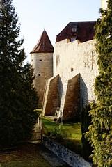 Vor der Mauer (UlvargHS) Tags: rothenburg deutschland alt mauer historisch altstadt ulvarg sony 35mm urlaub reisen ausflug