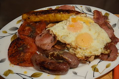 DSC_6667 Food English Fried Breakfast Beef Sausage Dry Cure Bacon Egg Tomato and Plantain Meat and Eggs from Smithfield Meat Market London (photographer695) Tags: food english fried breakfast beef sausage dry cure bacon egg tomato plantain meat eggs from smithfield market london
