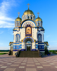 Temple of the Kazan icon of the Mother of God (man_from_siberia) Tags: kemerovo siberia church christian christianity architecture building orthodox orthodoxchurch christianchurch canon eos 200d dslr canoneos200d canon200d canonrebelsl2 tamron tamronspaf1750mmf28xrdiiild tamron1750mmf28 russia россия сибирь кемерово