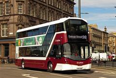 Zoo to the Show.... (SRB Photography Edinburgh) Tags: lothian buses bus transport travel edinburgh road buildings