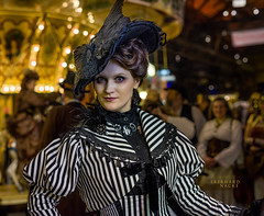 DSC1406 (EberhardPhoto aus Hagen) Tags: steampunkjahrmarktbochum historisch bochum kostüm portrait fashion frau