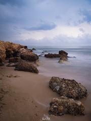 Paseitos por la playa... (JoseMi Campos) Tags: fotografia naturaleza paisaje playa landscape huawei longexposure efectoseda agua rocas mar