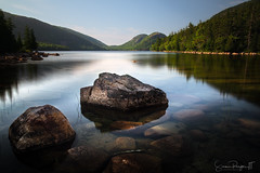 Rocks and Mountains (Simmie | Reagor - Simmulated.com) Tags: 2018 acadia barharbor jordanpond july maine nationalpark newengland park rock summer thebubbles trees rockybeach water
