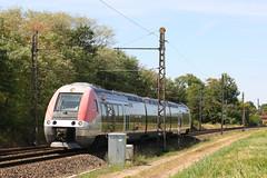 AGC in Fontaines-Mercurey Station, Burgundy, France (hktrains) Tags: train chemindefer cheminsdefer rail trains railways sncf burgundy bourgogne burgundian burgund zug
