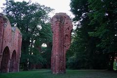 Klosterruine Eldena Greifswald (franz-wegener.de) Tags: klosterruine eldena klosterkirche kloster greifswald blauestunde sonya7m2 sonyfe35mm28za