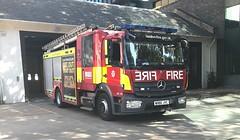 LFB Euston Pump Ladder (slinkierbus268) Tags: lfb london fire brigade fireengine fireappliance firestation euston central pl pump ladder