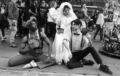 Fringe on the Mile 2018 080 (byronv2) Tags: womanandthecanvas man woman girl performer actor bride bridaldress pretty beautiful edinburgh edimbourg edinburghfestivalfringe edinburghfringe edinburghfestivalfringe2018 edinburghfringe2018 fringe2018 royalmile oldtown blackandwhite blackwhite bw monochrome