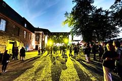 RuhrBühne Heimathelden (hansziel99) Tags: mülheim ruhrgebiet ruhrpott ruhrbühne2018 heimathelden musik music livemusic schlosbroich nrw deutschland fujifilm street