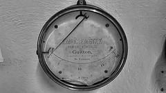 ampèremètre funiculaire (sebastien.demotier) Tags: funiculaire ancien montdore rails auvergne france ancient vieux noir blanc black white blacknwhite