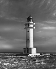 El Faro (The lighthouse) (LL Poems) Tags: exploring adventure amazing wild life existance exist stunning rare exclusive captured picture snap pro amateur explored extreme super photograph photography spain europe fine art photographer tejuelo aire libre artistic paisaje noche silueta agua brillante serenidad cielo people street long exposure valencia españa monochrome abyssal fish ll poems lighthouse faro ocean