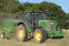 John Deere 6140R Tractor with a John Deere 568 Mulit Crop Round Baler (Shane Casey CK25) Tags: john deere 6140r tractor 568 mulit crop round baler jd green rathcormac traktor traktori tracteur trekker trator ciągnik hay hay18 hay2018 grass grass18 grass2018 winter feed fodder county cork ireland irish farm farmer farming agri agriculture contractor field ground soil earth cows cattle work working horse power horsepower hp pull pulling cut cutting lifting machine machinery nikon d7200