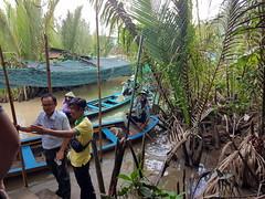 2018-07-09T12.19.04.0254_samsung (ajft) Tags: boat mekongriver river