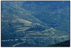 Dòrria (el Ripollès) (Jesús Cano Sánchez) Tags: elsenyordelsbertins fujifilm xq1 catalunya cataluña catalonia gironaprovincia ripolles pirineu pirineos pyrenees dorria senderisme senderismo hiking detosesaplanolespelcostapubilla