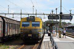 X12 of Västtågen arrived at Uddevalla C (KOKONIS) Tags: emu x12 nikon d600 scandinavia skandinavia europe europa sweden sverige västragötaland railway järnväg tåg train