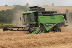 Deutz Fahr 6090 HTS Balance Combine Harvester cutting Winter Barley (Shane Casey CK25) Tags: deutz fahr 6090 hts balance combine harvester cutting winter barley deutzfahr samedeutzfahr sdf df conna grain harvest grain2018 grain18 harvest2018 harvest18 corn2018 corn crop tillage crops cereal cereals golden straw dust chaff county cork ireland irish farm farmer farming agri agriculture contractor field ground soil earth work working horse power horsepower hp pull pulling cut knife blade blades machine machinery collect collecting mähdrescher cosechadora moissonneusebatteuse kombajny zbożowe kombajn maaidorser mietitrebbia nikon d7200
