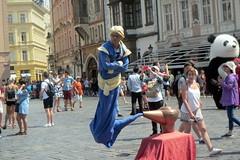 Entertainer at Old Town Square (Bird Aficionado Stan) Tags: prague czechrepublic oldtownsquare