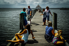 The Catch (YL168) Tags: crabbing fishingpier park a6000 flickrunitedaward