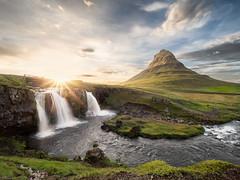 Kirkjufell (v-_-v) Tags: vesturland island is kirkjufell kirkjufellfoss iceland sunset mountain water sky clouds waterfall stream river sunrays