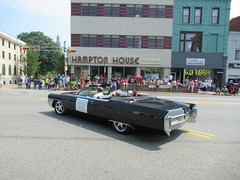 Black Cadillac Convertible, 2018 Independence Day Parade, Montclair, NJ (smaginnis11565) Tags: cadillac deville convertible independenceday parade montclair newjersey essexcounty 7418