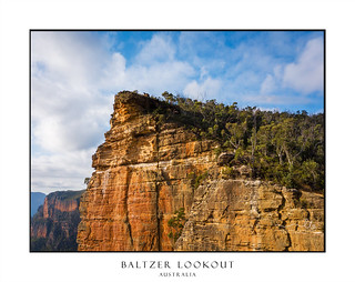 Sheer cliffs of Burramoko Head Baltzer Lookout