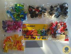 10715 Bricks on a Roll (6) (lbaixinho) Tags: lego set review classic