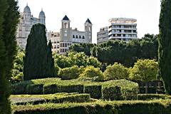 Edificios de la plaza América desde el Jardín del Turia (Kiko Colomer) Tags: francisco jose colomer pache kiko valencia valence plaza america