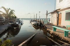 Belize | Ambergris Caye •  Lagoon side (Cyrielle Beaubois) Tags: 2018 belize cyriellebeaubois unbelizable centralamerica san pedro laislabonita cayeambergris lagoon boats pier goldenhour