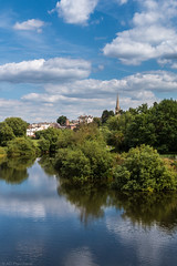 Ross-on-Wye (Anthony P.26) Tags: category england herefordshire landscape places travel wilton canon canon1585mm canon70d outdoor travelphotography landscapephotography town spire church trees park sky bluesky clouds fluffyclouds whiteclouds buildings reflections reflectedlight water ripples waves bend curve