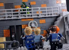 Emerald Outlaw (-Metarix-) Tags: lego minifig super hero comics comic green arrow dc cw tv show season 7 emerald outlaw rebirth universe police star city