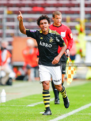 2010-07-17 AIK - MFF SG7798 (fotograhn) Tags: aik fotboll herrar malmöff råsundafotbollstadion solna stockholm sverige mål goal jubel jublande glad glädje lycka happy happiness celebration celebrates sweden swe